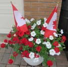 Red & White Planter 2